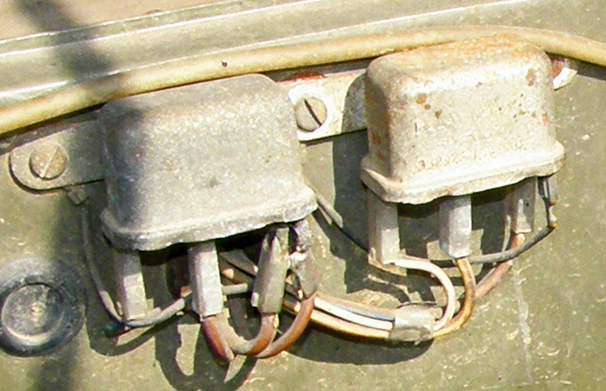 Cool Land Rover Series Wiring Diagram Contemporary Electrical Of Land Rover Series Wiring Diagram additionally Dualbat further Nato Plug Wiring likewise Relays moreover . on land rover 2a wiring diagrams